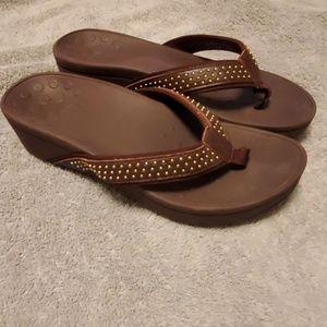 Vionic kehoe sandals